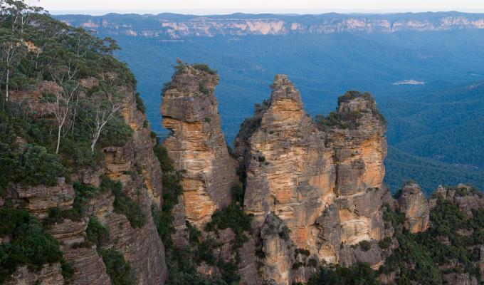 Beautiful Three Sisters Mountain Image