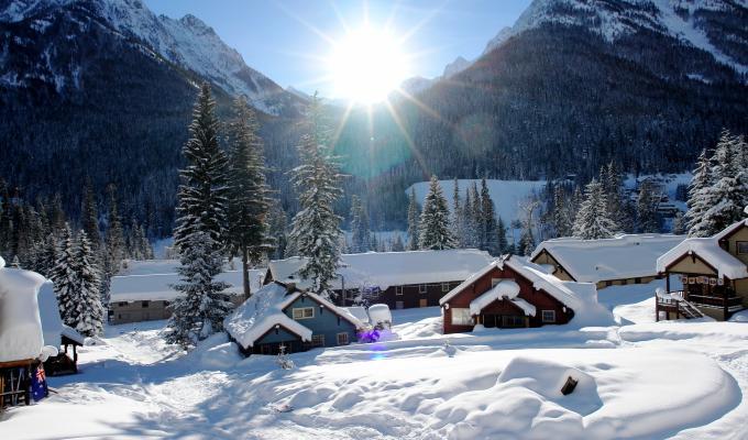 Beautiful Village, White Mountain Image