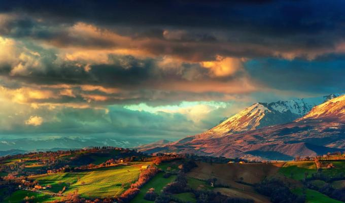 The Apennines Mountain Image